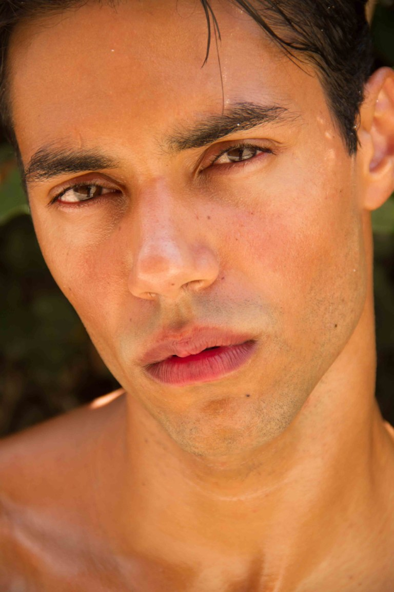Fresh snaps of Jonathan Oliveira from Allure agency - SP shot by Robson Maestrelli and Produced by Petrone.