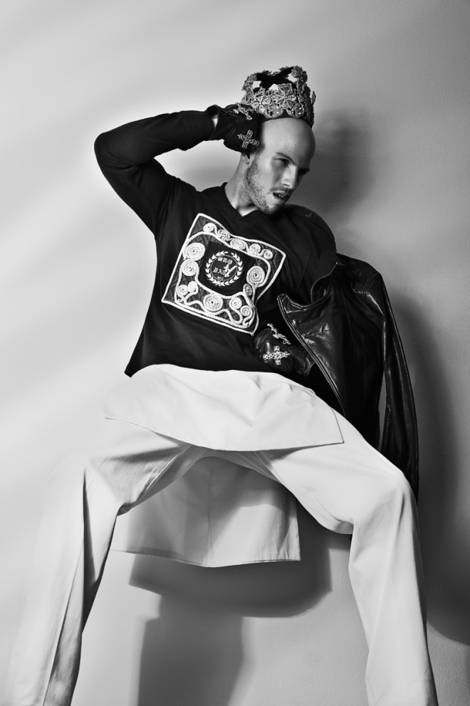 """""""Medieval Times"""" is the new work by NYC based Photographer Carlos Montelara styled in luxury garments according the medieval theme by Victor Gonzalez in collaboration with Ed Coriano. Modeling Webster Charlotten."""