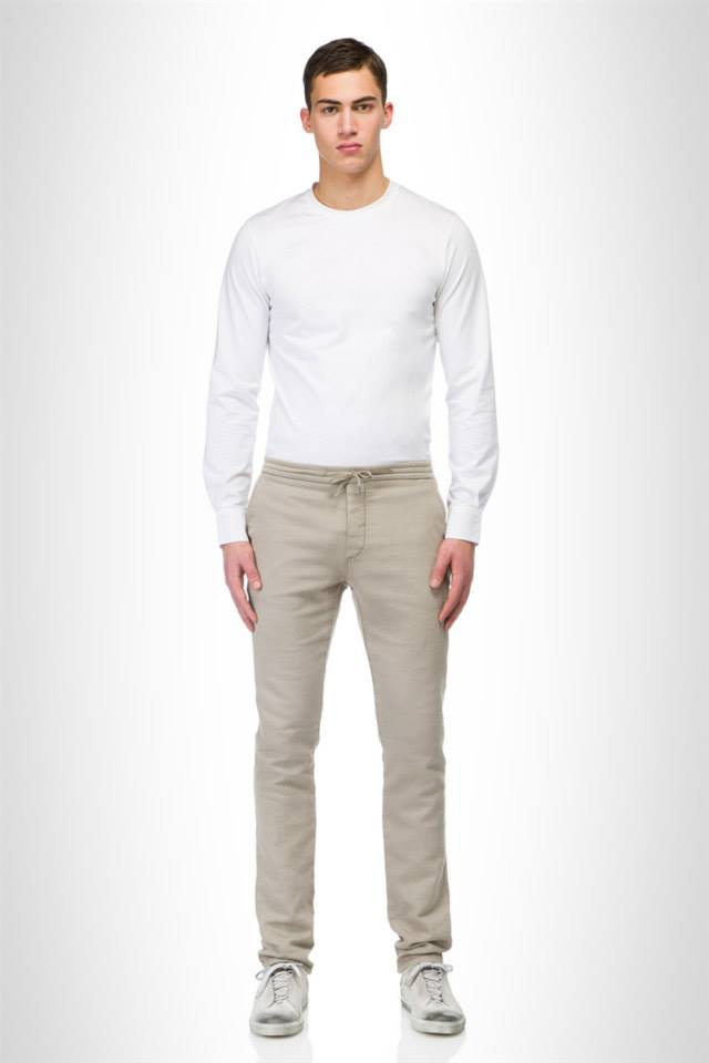 Find your perfect trousers with the new Ermanno Scervino Spring/Summer 2015, the new collection modeling by top model Alessio Pozzi is now available.