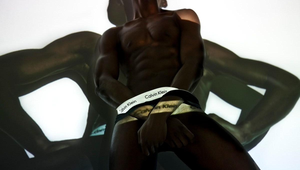 Amazed portraying by Rainer Torrado with male model Yannick Konan (Major Models Paris).