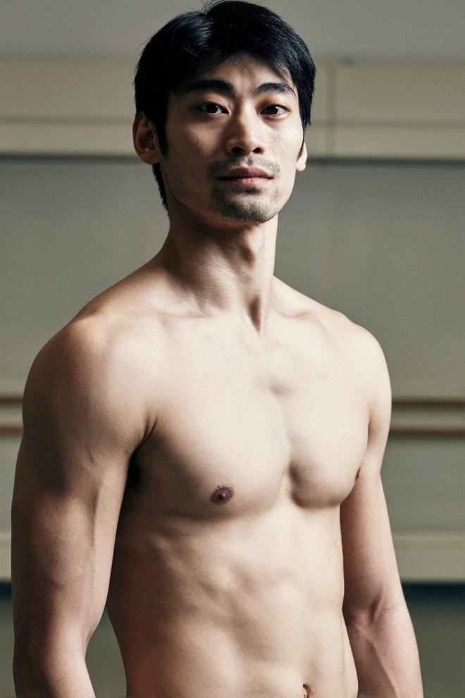Japanese dancer Ryoichi Hirano talks to Ray Murphy about his ballet career and changing perceptions in his homeland