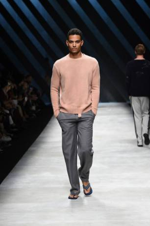 Ermanno Scervino Menswear Spring 2016925