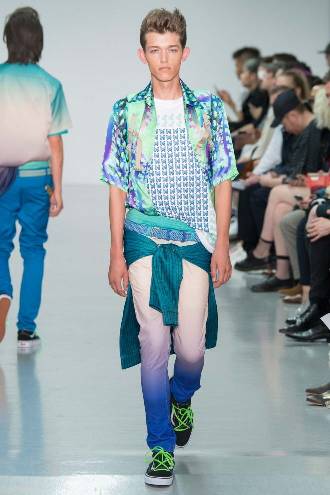 """Katie Eary Fashion show plays well getting """"My Little Pony"""" licensing to reinvented and designed her own way a fashion leader new icon for this Spring/Summer 2016 RTW."""