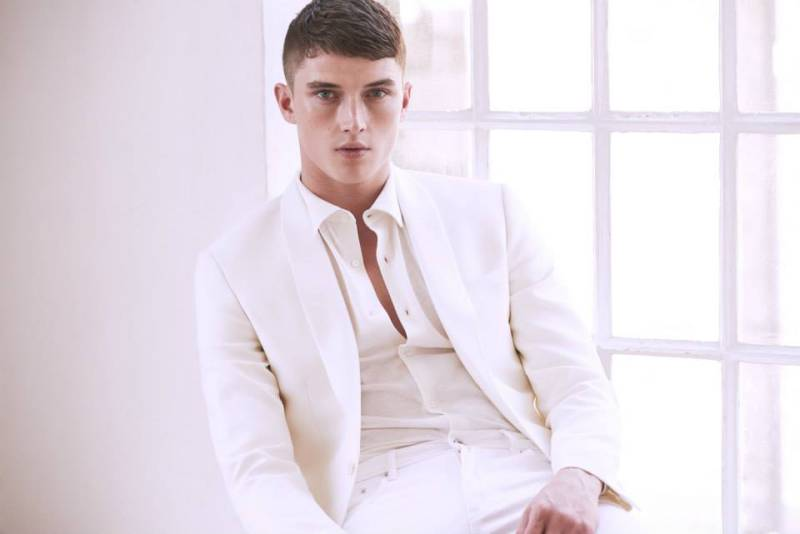Model Matthew Holt is back on our pages with a series of images, shot once again for Reiss