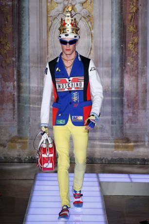 Moschino Menswear Spring2016487