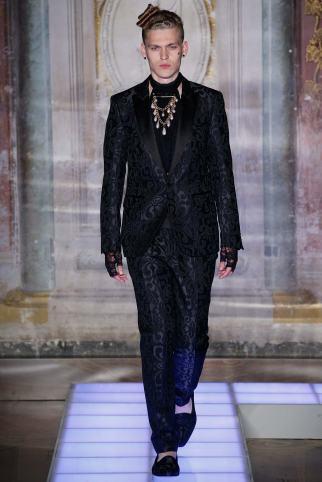 Moschino Menswear Spring2016491