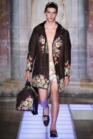 Moschino Menswear Spring2016496