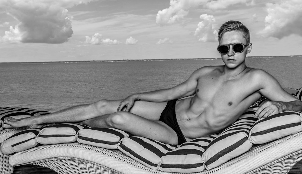 Meet one of duo photographers Kamera Addikt, he's Misha Bandaletov who's teamed up with Nik Voronin every time they shot. But this time, Misha posed for Nik, he's outgoing, looking so hot in speedos, and has a beautiful body, keep up the good work at Fire Island guys!