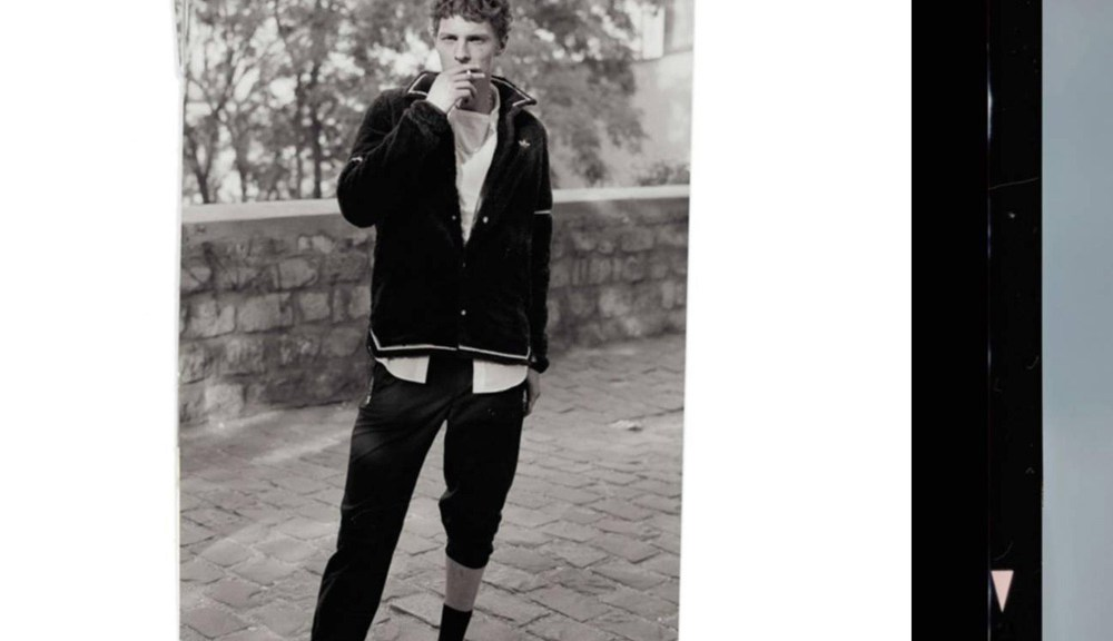"""Quand les codes sportswear et un frisson de cool libèrent l'allure. """"Montmartre"""" presented at Vogue Hommes Trends section F/W 2015-16 issue shot by Mark Peckmezian and styled by Ylias Nacer."""