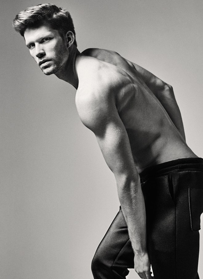 Capturing in black and white and level up the high lights, from Adam Models we have Robert Kressin and Alex Schneider photographed by Kiet Thai, styled by Chih Chieh Chang and Hair by Anthony Lee, wearing Neoprene sweatshirts from Denis Yung Chieh Chen, shoes by Hopman and Underwear by Commes Des Garçons.