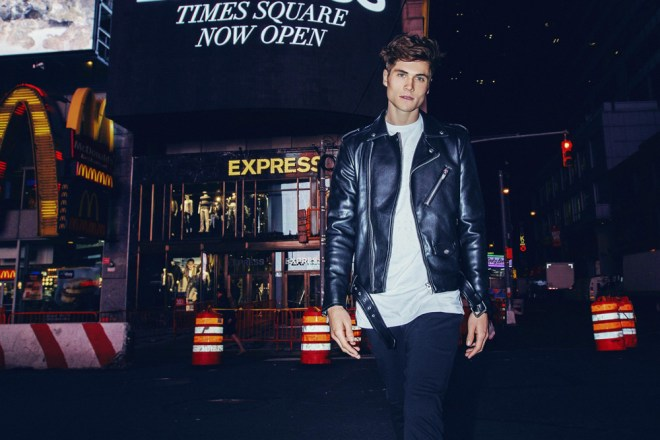 """New York City the City that never sleeps is the witness for the new images captured by photographer Alex Jackson in exclusive exposing for the first time in Fashionably Male, entitled """"Nigh Walker"""" with Jake Filling from New York Model Management."""