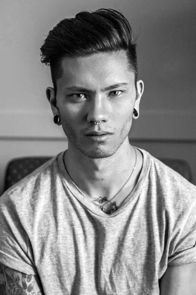 Just let me introduce you this new male model Stevo Trann from Montreal captured by Juan Neira. Amazing good looking face and fit inked body.