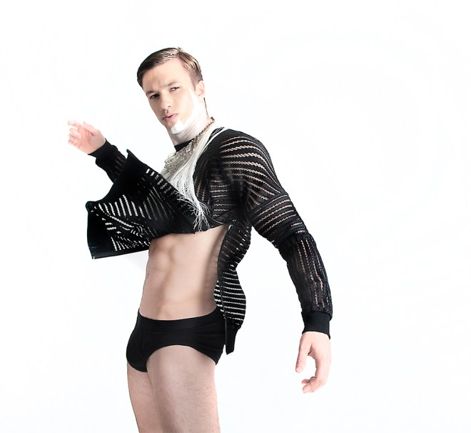 Photographer Antoni d'Esterre is sharing with us this great captures where the pieces designed by MASS by designer Mass Luciano come to life in the body of male model Daniel Kuznetcov. Styling by Mass Luciano and make up by Walter Ma.