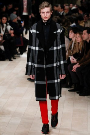 Burberry FW 2016 London (33)