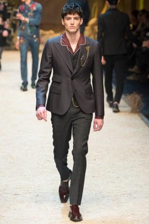 Dolce Gabbana FW 16 Milan (45)