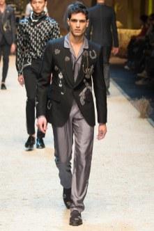 Dolce Gabbana FW 16 Milan (66)