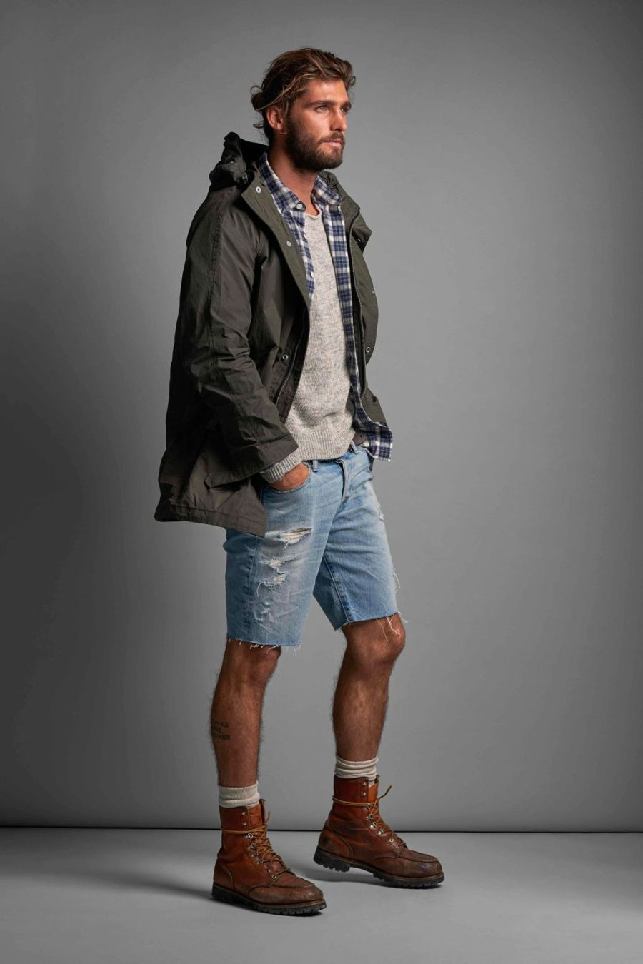 ABERCROMBIE & FITCH GETS SLEEK FOR SPRING:SUMMER 2016 (6)