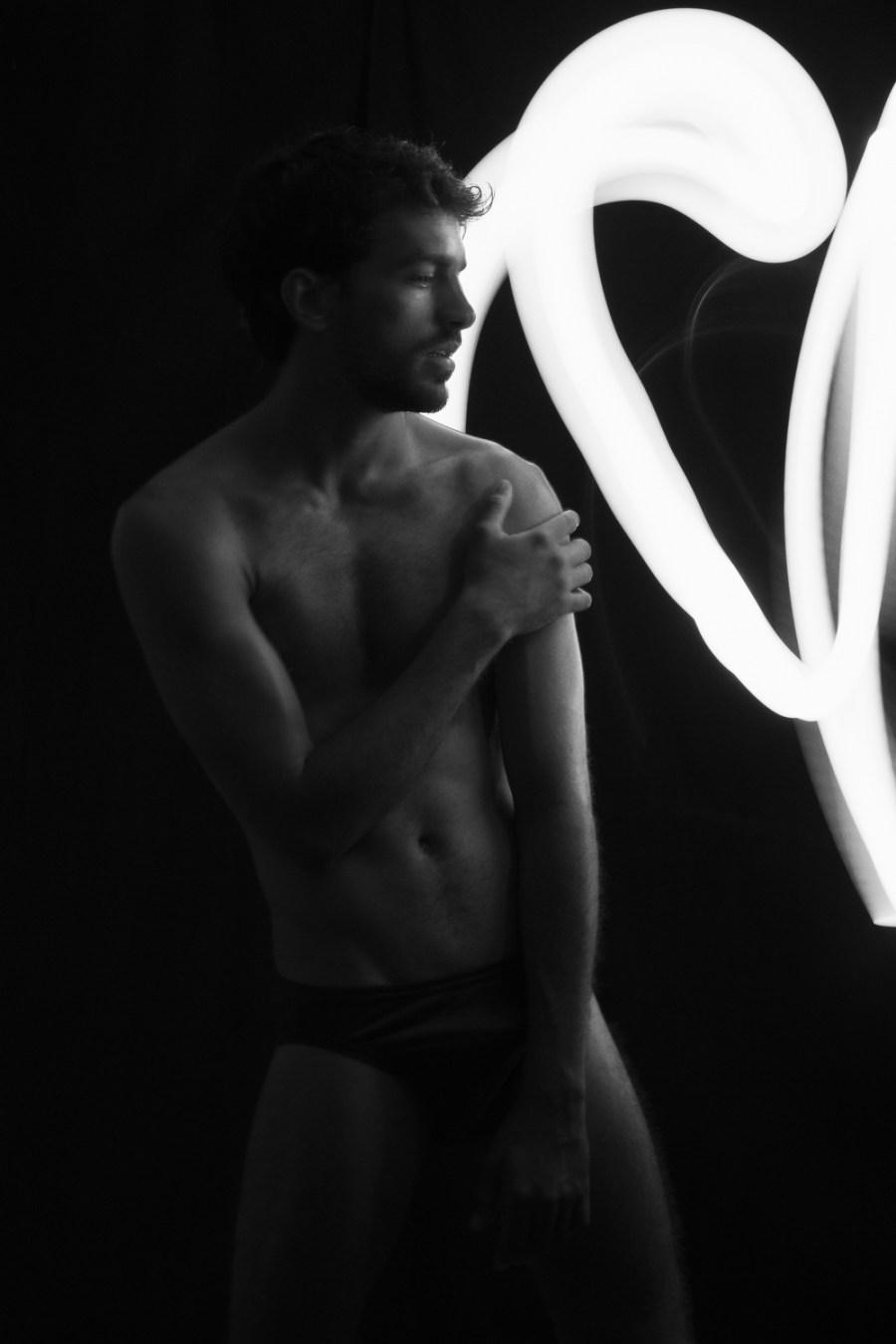 Brazilian model and surfer André Albuquerque is posing for the lens of photographer René de la Cruz for nº21 spreading natural beauty that André possess.
