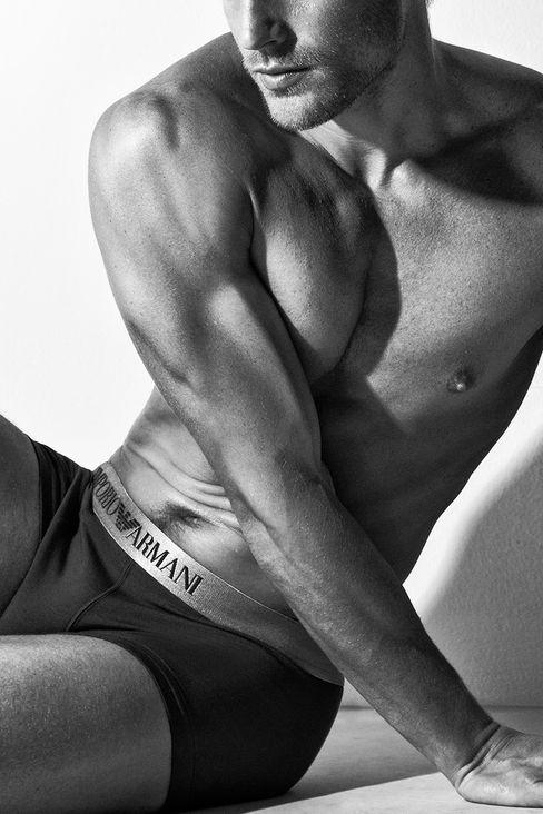Jason Morgan for Emporio Armani Underwear Catalogue 2016 (2)