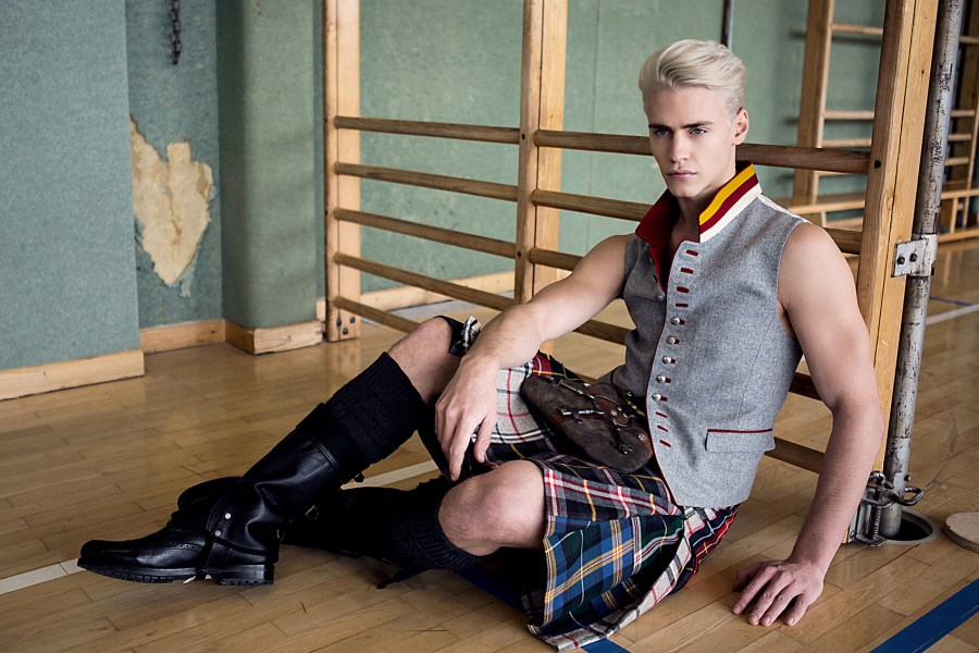 "Austrian topmodel Oliver Stummvoll represented by WIENER MODELS agency for ""RETTL1868"""
