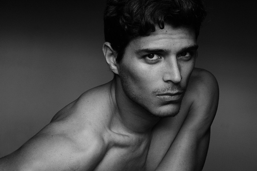 Venezuelan but raised in Valencia Spain captivated by lensman Miguel Zaragozá unveil exclusive imagery in black and white portrait for Fashionably Male.
