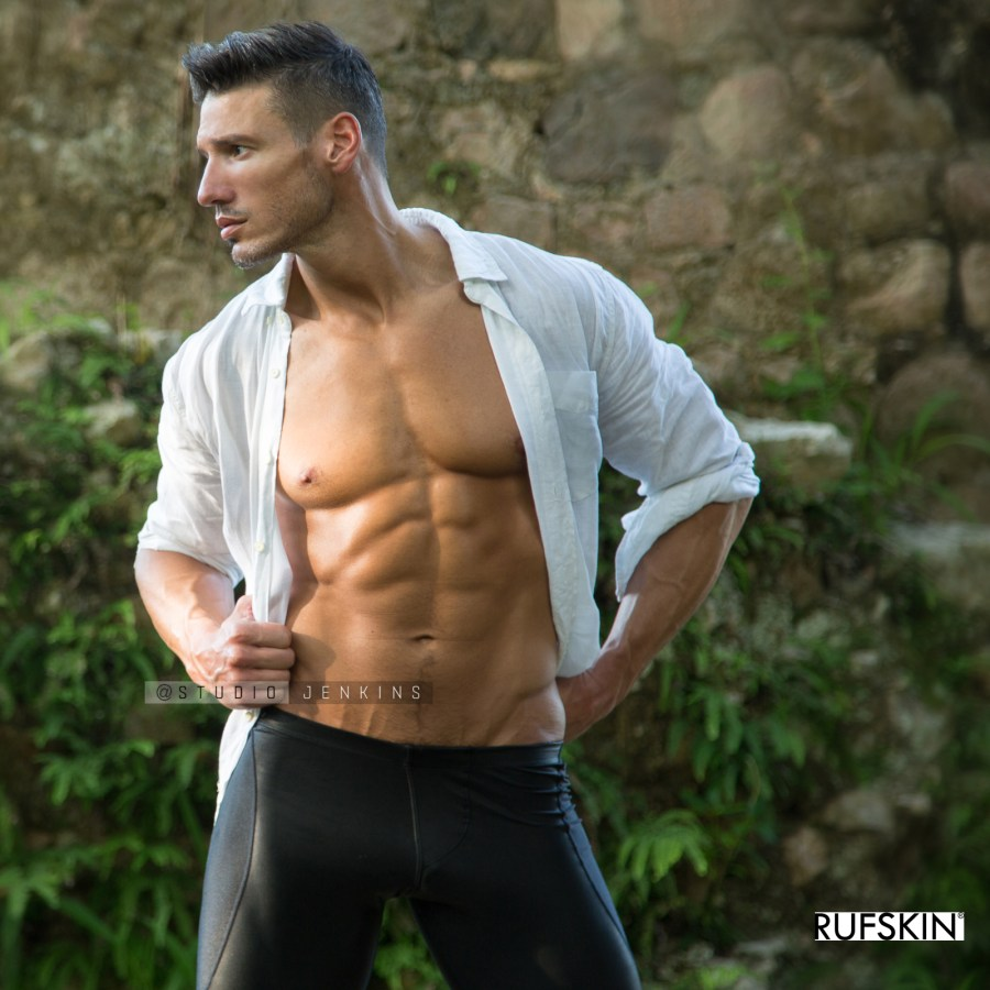 CMI proudly presents for Fashionably Male debut feature fashion and fitness model Stephen Becker, captured in these beautiful images by photographer Mark Jenkins. Stephen is wearing Rufskin.