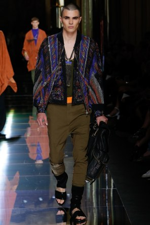 BALMAIN MENSWEAR SPRING SUMMER 2017 PARIS (23)