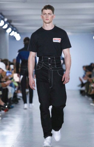 CHRISTOPHER SHANNON MENSWEAR SPRING SUMMER 2017 LONDON (12)