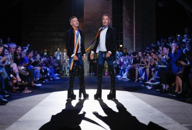 DSQUARED2 MENSWEAR SPRING SUMMER 2017 MILAN (34)