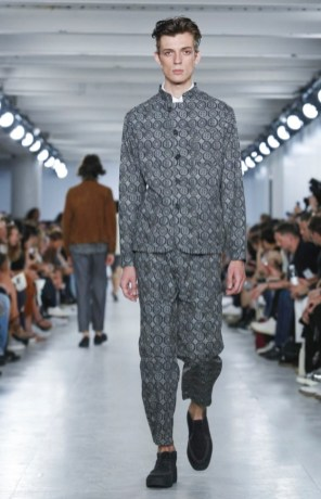 OLIVER SPENCER MENSWEAR SPRING SUMMER 2017 LONDON (25)