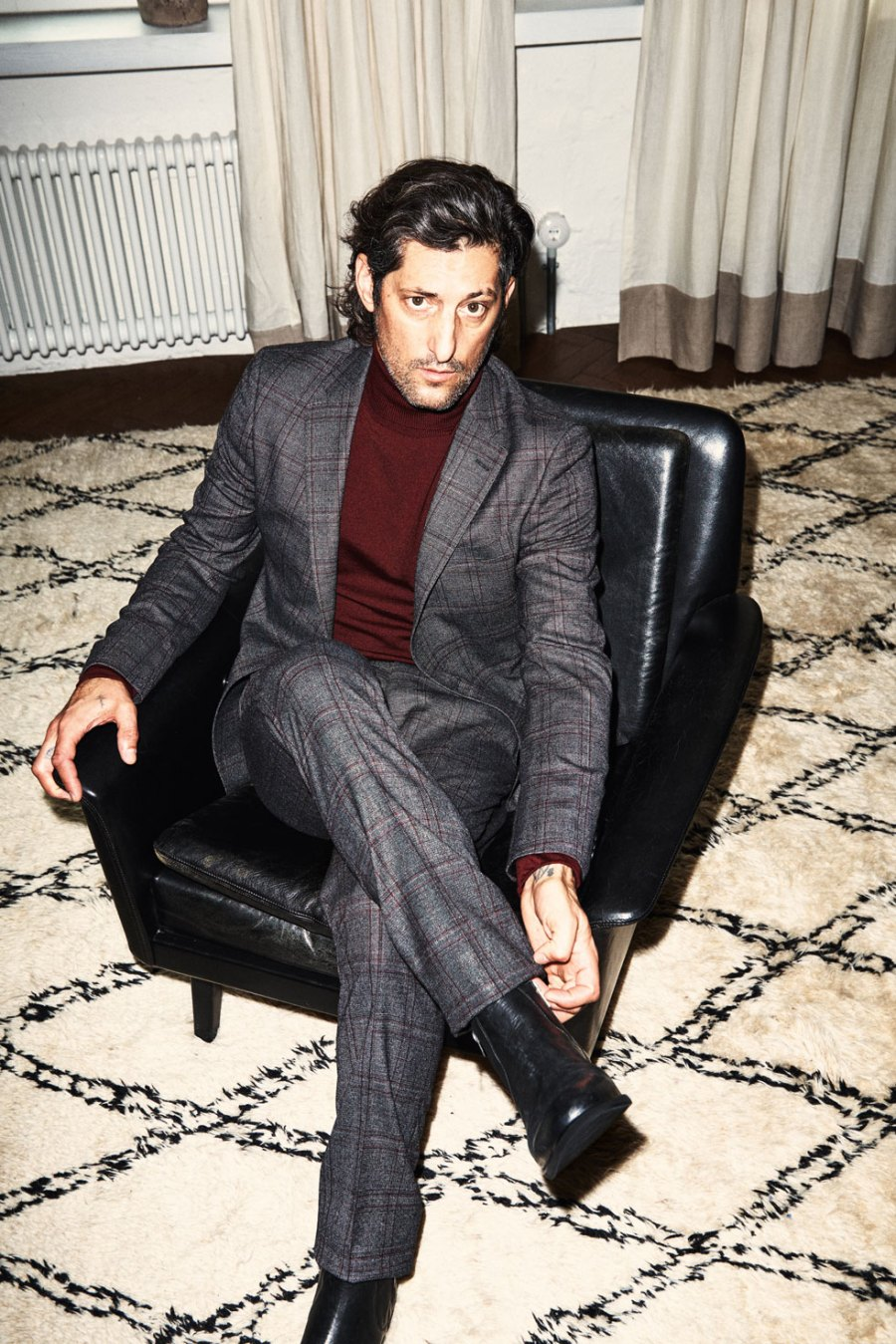Tony Ward reunites with German retailer Wormland for the latest AW16 campaign. Tony, pictured by Felix Krüeger delivers a confident attitude whilst wearing a mix of tailored suits, outerwear, denim and leather pieces.