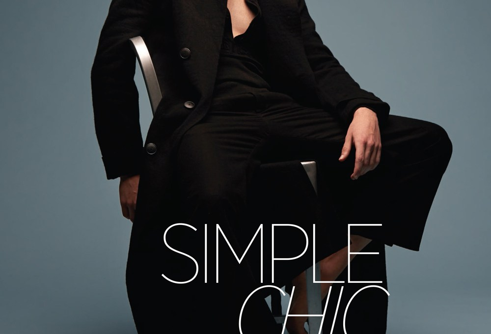 After his successful cover for Vogue, model Roberto Sipos (Soul Artist Management) doesn't stop working. Now posing for the lens of Karl Simone in a Simple chic but elegant fashion story for GQ Brazil. Style by Jenesee Utley.