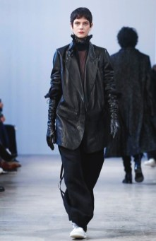 ann-demeulemeester-menswear-fall-winter-2017-paris41