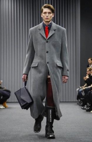 balenciaga-menswear-fall-winter-2017-paris20