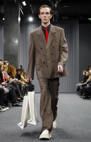balenciaga-menswear-fall-winter-2017-paris31