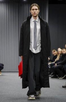 balenciaga-menswear-fall-winter-2017-paris35