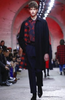 dries-van-noten-menswear-fall-winter-2017-paris11