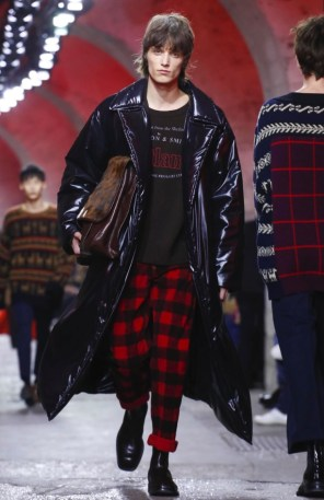 dries-van-noten-menswear-fall-winter-2017-paris14
