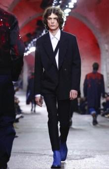 dries-van-noten-menswear-fall-winter-2017-paris35