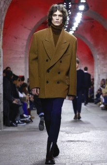 dries-van-noten-menswear-fall-winter-2017-paris45
