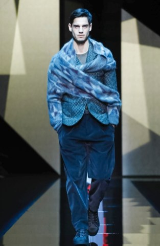 giorgio-armani-menswear-fall-winter-2017-milan33