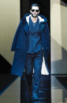 giorgio-armani-menswear-fall-winter-2017-milan56