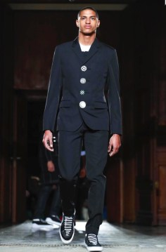 givenchy-menswear-fall-winter-2017-paris42