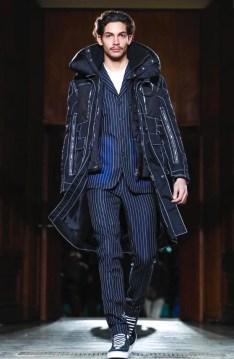 givenchy-menswear-fall-winter-2017-paris49