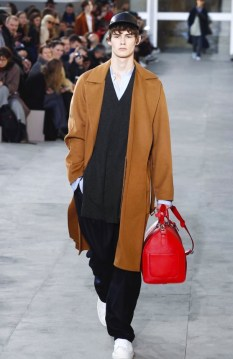 louis-vuitton-menswear-fall-winter-2017-paris17