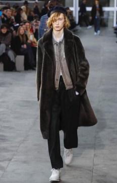 louis-vuitton-menswear-fall-winter-2017-paris4