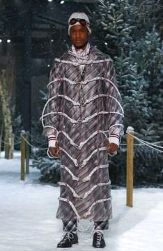 moncler-gamme-bleu-menswear-fall-winter-2017-milan10