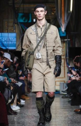 moschino-menswear-pre-fall-fall-winter-2017-milan18