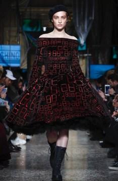 moschino-menswear-pre-fall-fall-winter-2017-milan21