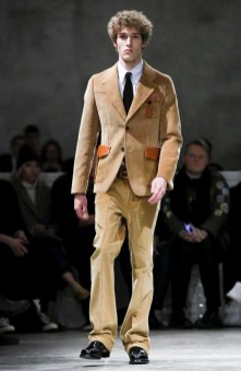 prada-menswear-fall-winter-2017-milan20